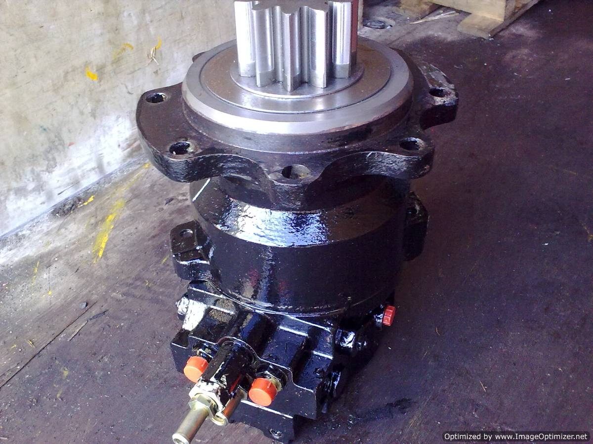 Kubota Hydraulic Pump : Kubota hydraulic equipment repairs for all your